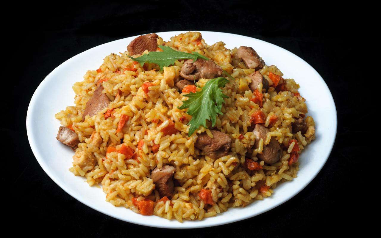 Wiener Reisfleisch mit Salat