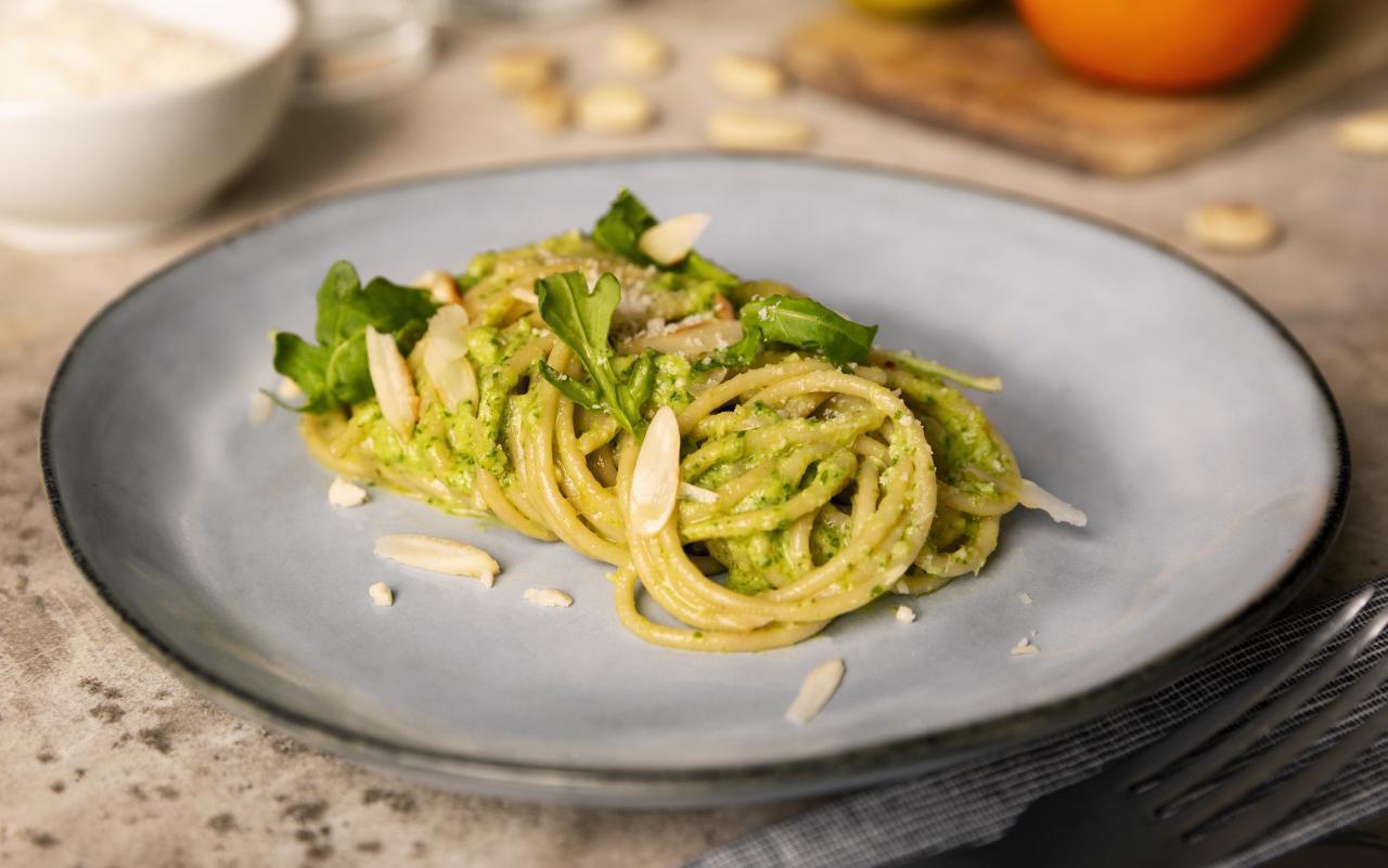 VollkornSpaghetti mit Zitruspesto